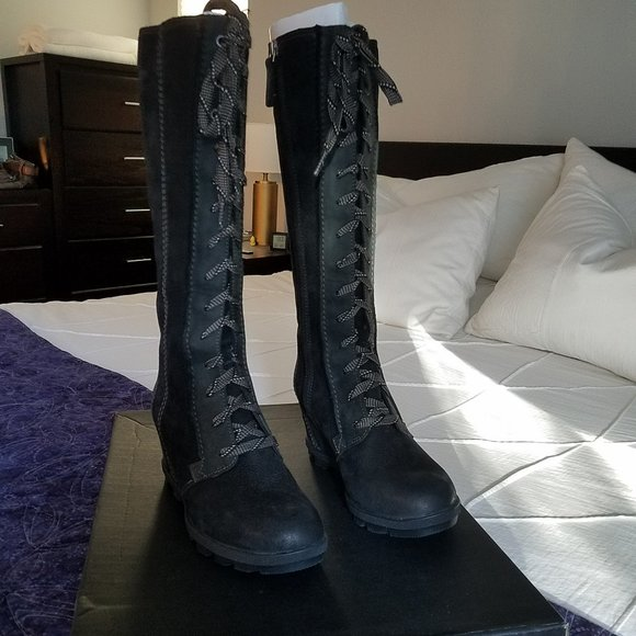 COPY - NIB Sorel Joan of Arctic II tall boots bla…